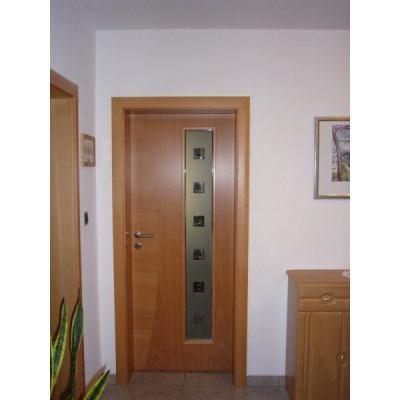 Zimmertüre Holzart Buche mit Lichtausschnitt verglast mit Applikation